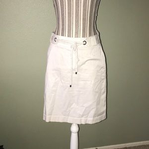 Banana Republic Skirts - Banana Republic Cream Skirt